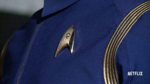 Uniforme que lembra a série Enterprise