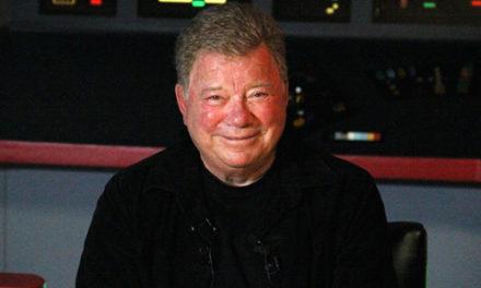 """Shatner retorna a cadeira de capitão no evento """"Trekonderoga"""""""