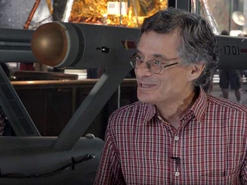 Marc Okrand diz como foi criar a linguagem Klingon