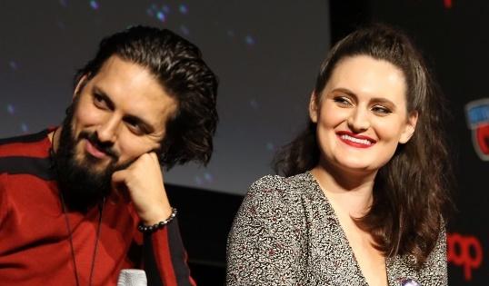 Shazad Latif e Mary Chieffo falam sobre klingons na 2ª temporada